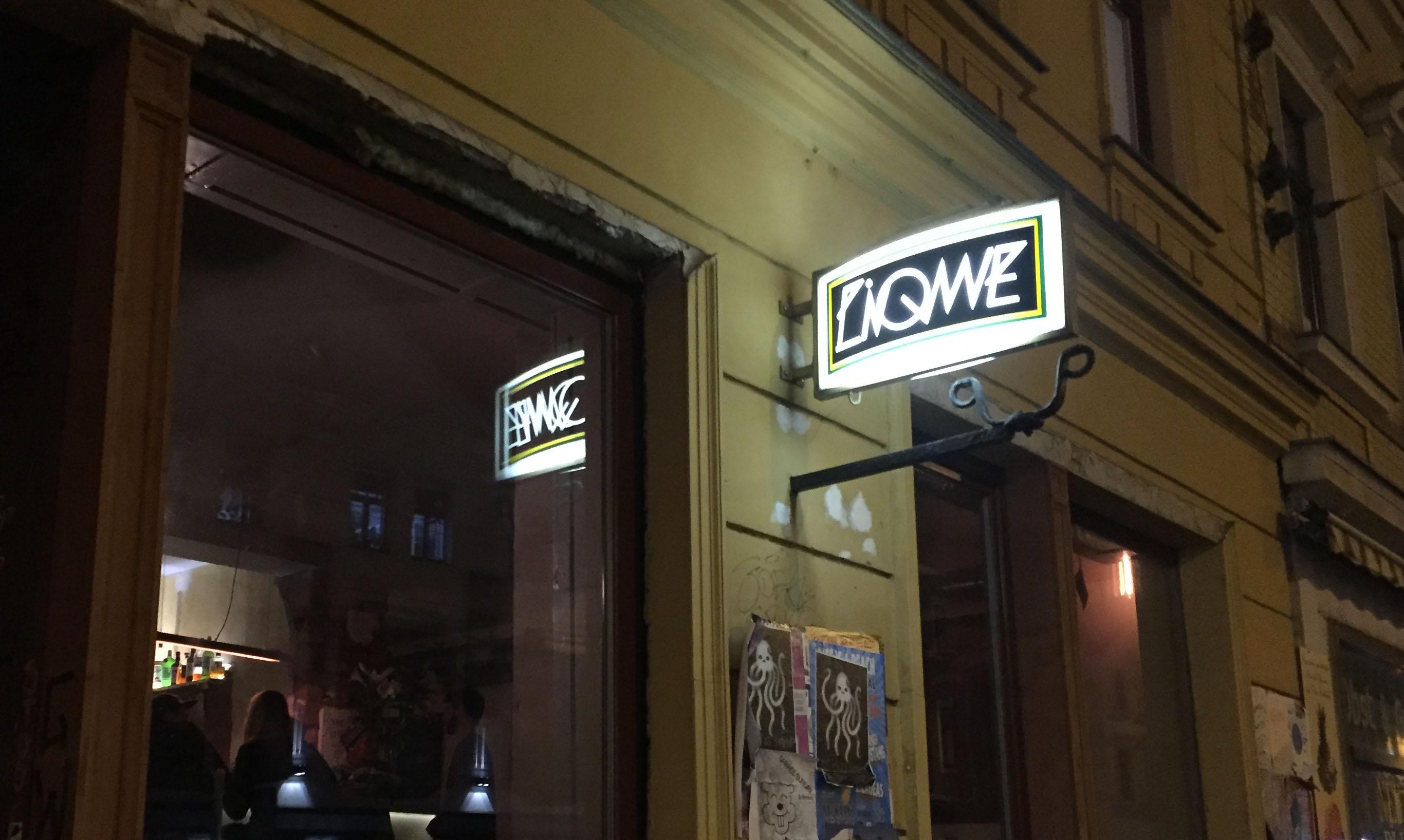 Liqwe from inside